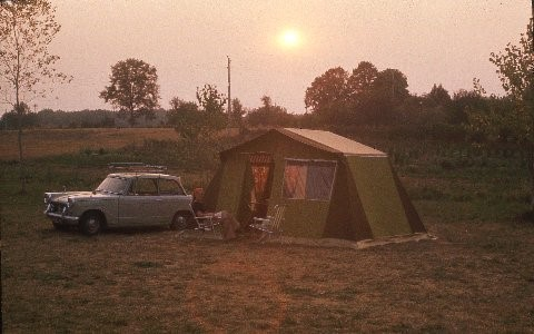 frame-tent-with-herold.jpg